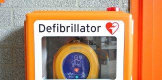 défibrillateur orange